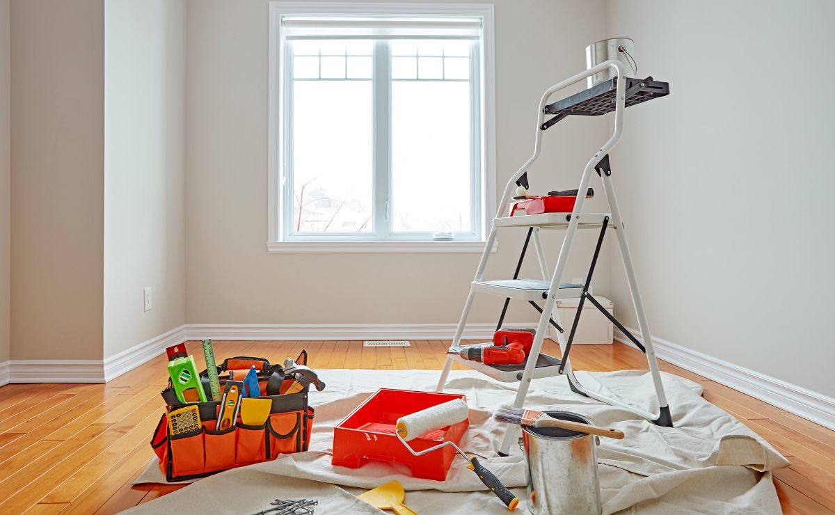 Могут ли приставы вскрывать квартиру без хозяина